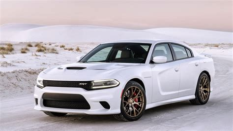 Watch Dodge Prove The Charger Hellcat's 204 Mph Top Speed