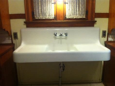 kitchen sink with drainboard and backsplash 1928 vintage american standard single basin 9585