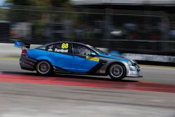 dumbrell wins  waters  walsh collide speedcafe