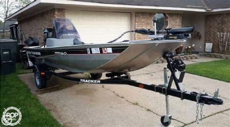 Boat Brands Owned By Bass Pro by 2013 Used Bass Tracker Pro Pro160 Bass Boat For Sale