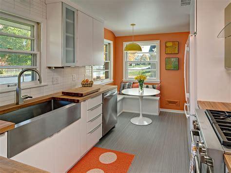 The Pros and Cons of Linoleum Flooring   DIY