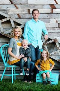 Family Portrait Color Coordination
