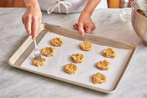 sheets cookie cookies organize kitchen ways baking storage organizing way storing smartest readers lingeman joe credit peanut butter oven arrange