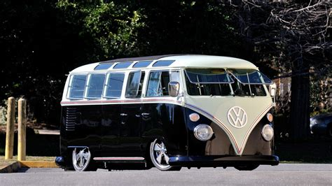 custom volkswagen bus 1967 volkswagen custom 21 window bus resto mod t229