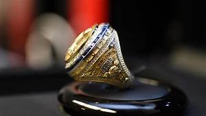 Golden State Warriors accept 2017 NBA championship rings ...