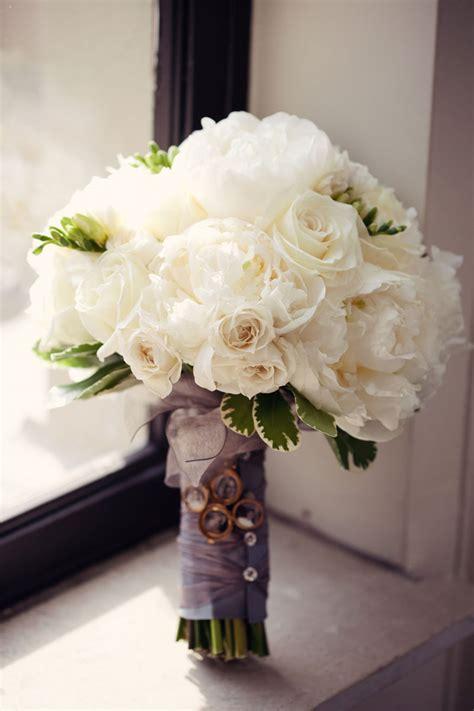 classic white bridal bouquets