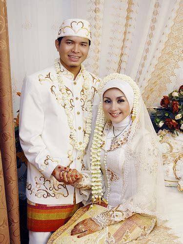 contoh foto foto pernikahan muslim album wedding