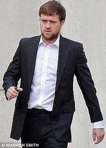 Robin Hood star Jonas Armstrong gets community service for ...