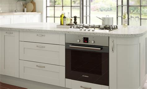 Oven buying guide   Ideas & Advice   DIY at B&Q