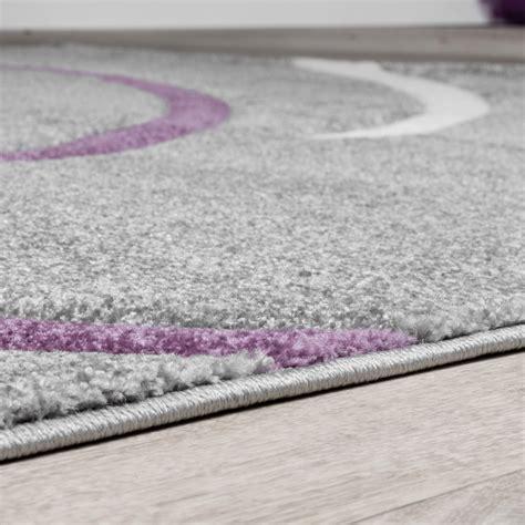kurzflor wohnzimmer teppich modern spiralen muster grau lila creme ausverkauf moderne teppiche