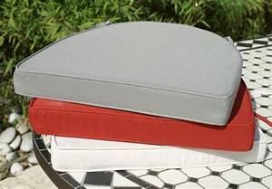Housse De Pouf Carré : coussin de couleur rouge brique table jardin mosa que ~ Teatrodelosmanantiales.com Idées de Décoration