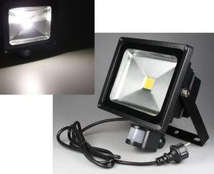 LED Fluter mit Bewegungsmelder   Die Top 5 Bewegungsmelder