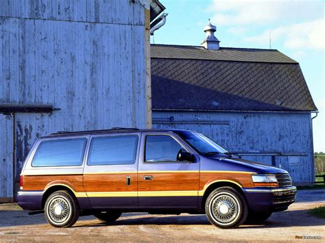 Wallpapers of Plymouth Grand Voyager 1991–96 (1280x960)