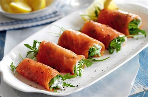 smoked salmon canape ideas 25 best ideas about easy canapes on smoked