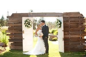 country wedding sneak peek j b s rustic country wedding in oregon karson butler events