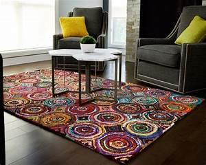 Tapis Salon Design : tapis salon tendance en 55 id es de formes tailles et couleurs ~ Teatrodelosmanantiales.com Idées de Décoration