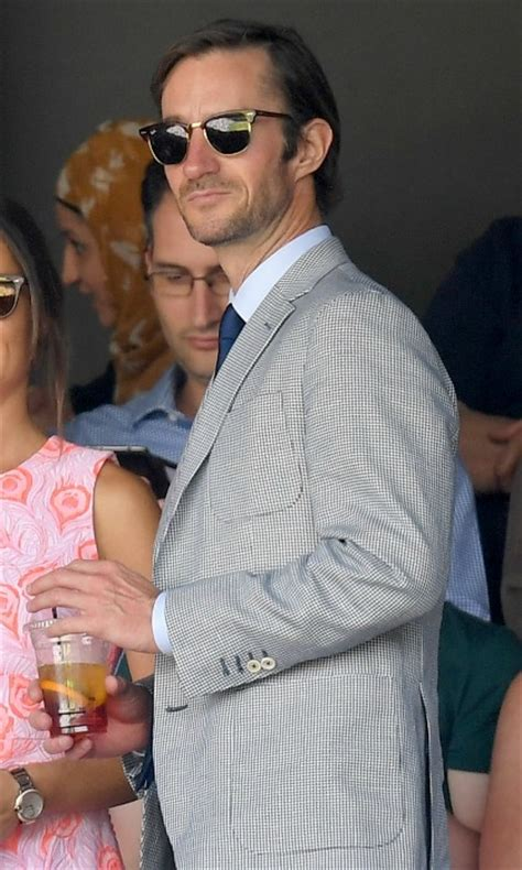 how pippa middleton s ring compares to kate s photo 1