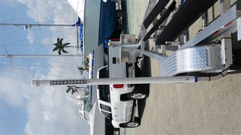 Led Boat Trailer Pole Lights by Trailer Guide Pole Lights The Hull Boating