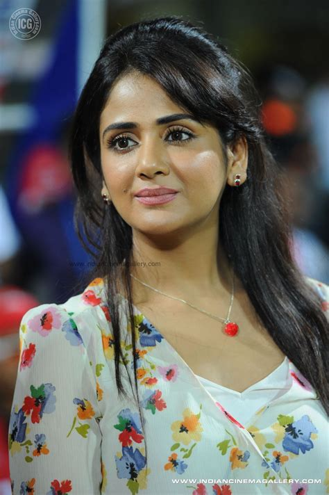 Parul Yadav Spicy Indian Television And Film Actress And