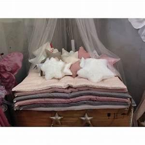 les 83 meilleures images a propos de matelas au sol sur With tapis chambre bébé avec coussin de fleurs pour deces
