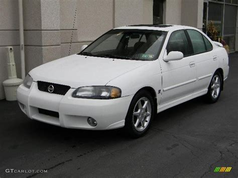 white nissan sentra 2006 cloud white 2002 nissan sentra se r exterior photo