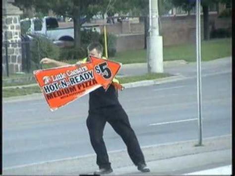Little Caesars dancing Pizza Sign Guy. - YouTube