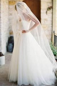 Single-tier Elegant Chapel Length Bridal Veil - Lunss Couture