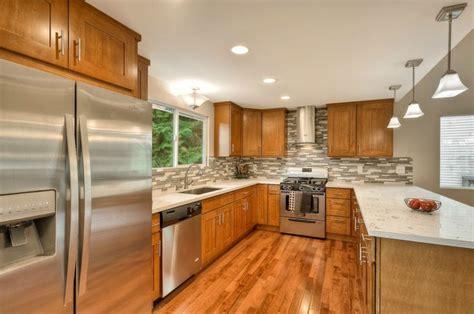 honey oak shaker  fairy white quartz kitchen remodel