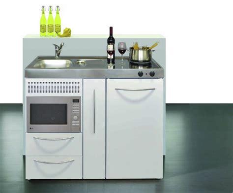 mini bloc cuisine mini cuisine idéale pour aménager un studio un réel gain