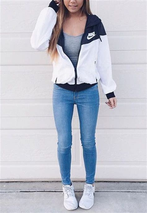 25+ best ideas about Nike Outfits on Pinterest | Nike fashion outfit Nike athletic clothes and ...
