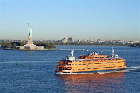 Ferry Boat Ride To Statue Of Liberty by Ferries Carry More Than 100 000 Commuters To New York City