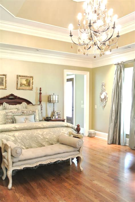 master bedroom with tray ceiling i like the subtle color