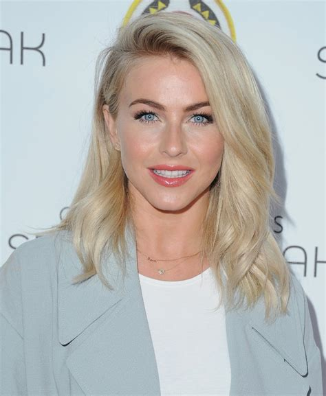 Julianne Hough Updo Hairstyle ? Photos of Julianne Hough's