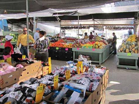 barn flea market bradenton fl things to do in west central florida