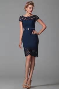 robe mariã e courte dentelle robe magnifique de cocktail soirée courte jacquard bleu et dentelle sur les épaules et petites