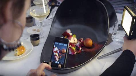 prepare   restaurants serving food  selfie plates geekcom
