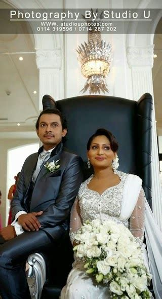 popular actor dananjaya siriwardana wedded hashini sri