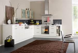 Kuchengestaltung mit farbe bunte ideen fur die kuche for Balkon teppich mit abwaschbare tapete für küche