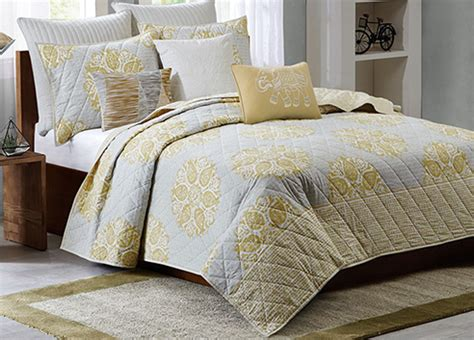Melbourne Yellow Coverlet By Ink & Ivy Bedding