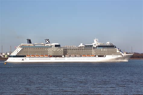 Cruise Ship Eclipse | Fitbudha.com