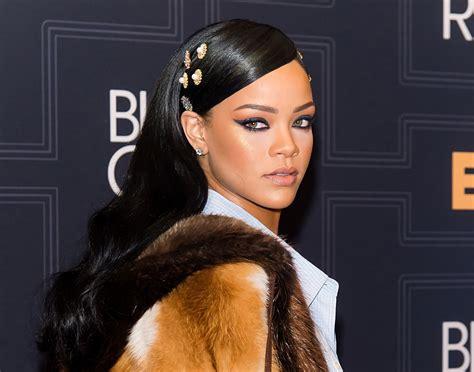 Fenty Beauty Rihannas Makeup Line Officially Has A