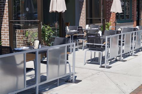 sidewalk cafe barriers by idivide