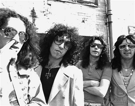 Kiss Lyrics Music News And Biography Metrolyrics