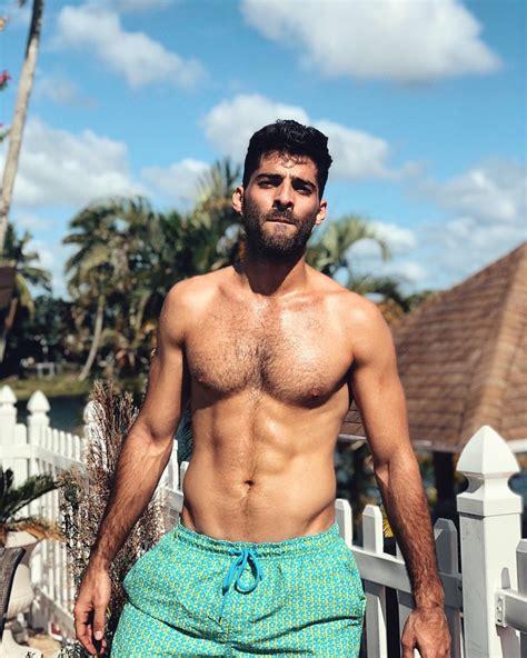 foto de Shirtless Men On The Blog: Jason Canela Shirtless