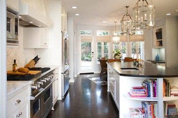backsplashes for small kitchens 17 best images about tudor kitchen on los 4283