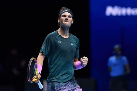 ATP Finals: Nadal verslaat Tsitsipas en plaatst zich voor ...