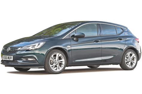 vauxhall astra hatchback review  carbuyer