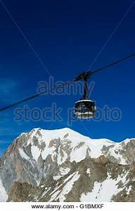 View Of Scenic Skyway Cable Car With 39The Three Sisters