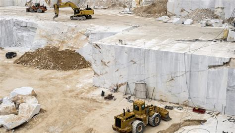marble  mined   quarry sciencing