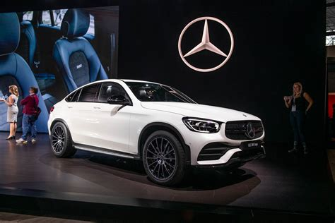 If you liked mercedes's previous glc, you'll love the new updated one. 2020 Mercedes-Benz GLC300 gets tougher look, more tech